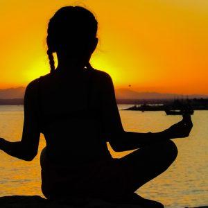 Какое время для медитации лучше выбрать?